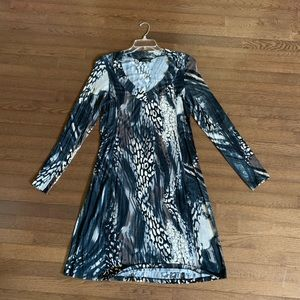 Karen Kane flattering dress size XL, NWOT